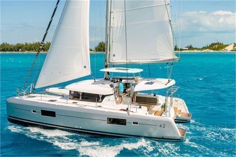 Аренда яхты Lagoon 420 (4Cab)  /2018