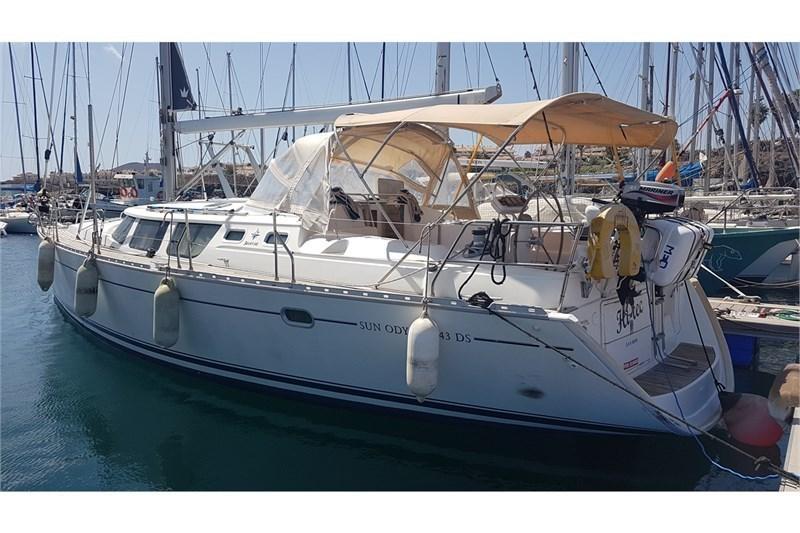 Аренда яхты Sun Odyssey 43ds (4Cab)  /2007