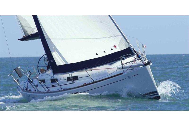 Аренда яхты Dufour 325 Grand Large (2Cab)  /2009