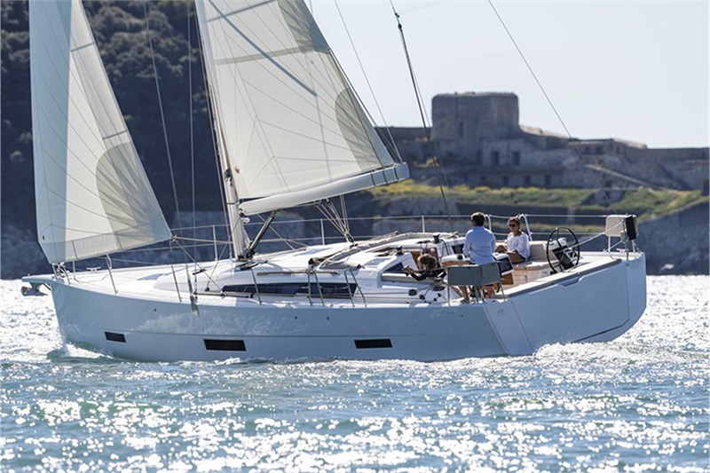 Аренда яхты Dufour 430 Grand Large (4cab)  /2020