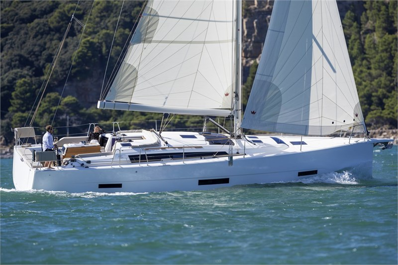 Аренда яхты Dufour 430 Grand Large (4cab)  /2021