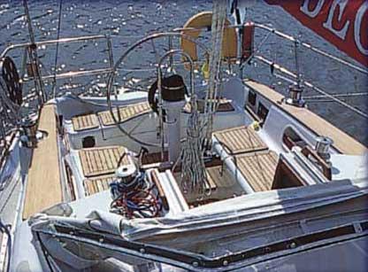 Yacht Charter Degerö 33 S ...