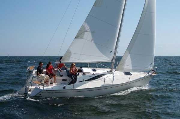 Аренда яхты Delphia 28  /2011