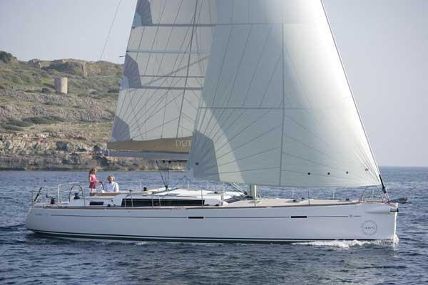 Аренда яхты Dufour 485 Grand Large (3Cab)  /2012