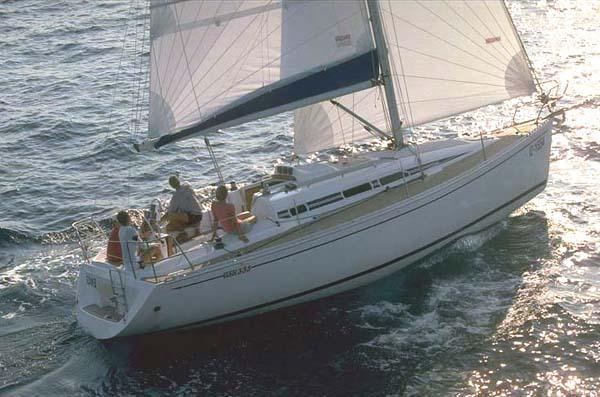 Аренда яхты Elan 333 (2Cab)  /2004