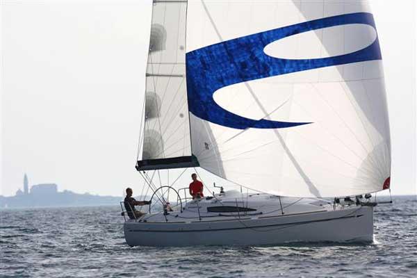 Аренда яхты Elan 340 (2Cab)  /2007