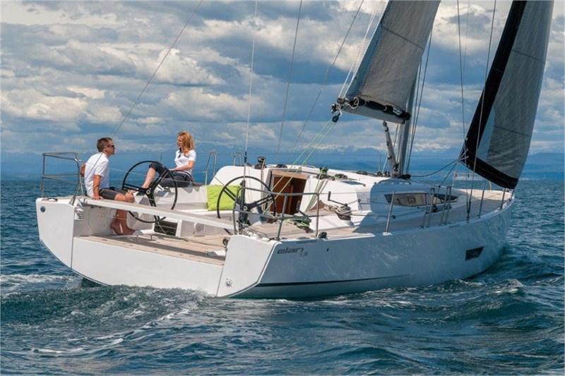Аренда яхты Elan E5  /2015