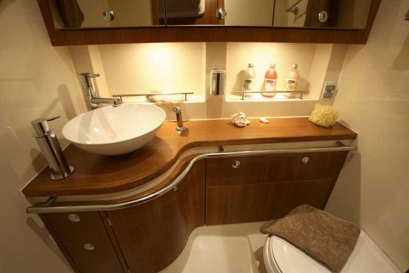 Yacht Charter Elan Impression 514 ...
