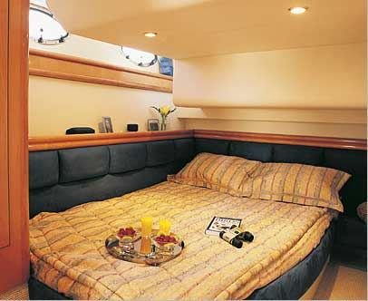 Yacht Charter Fairline Phantom 50