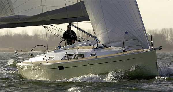 Yacht Charter Hanse 430 ...