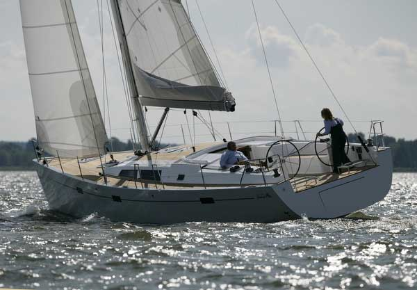 View of Hanse 470e. Possible variations in details