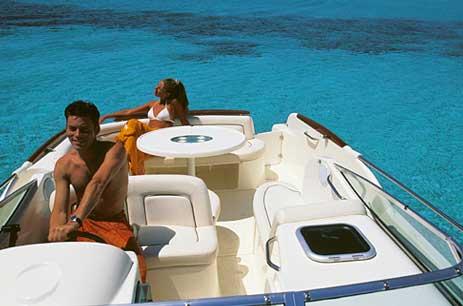 Yacht Charter Jeanneau Leader 805