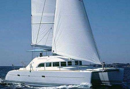 "4 Customer Reviews for Lagoon 380 (4Cab). Latest by ""F."" at 30 June 2011"
