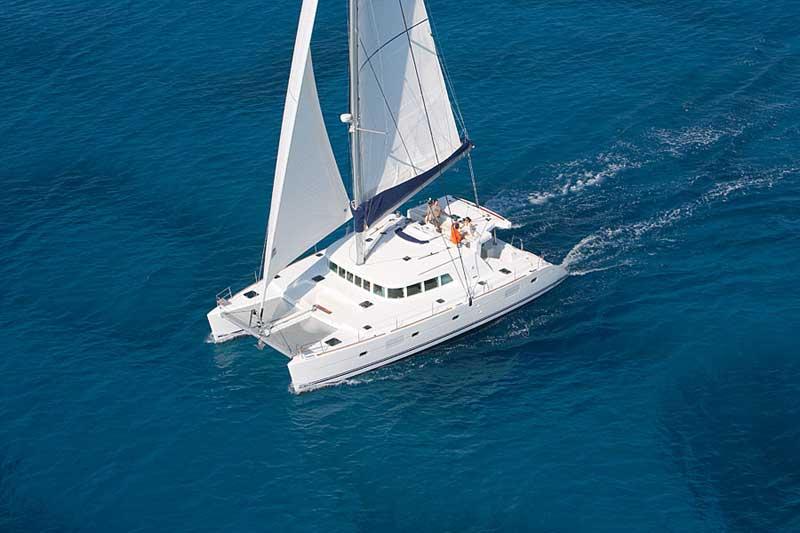 Yacht Charter Lagoon 500 ...