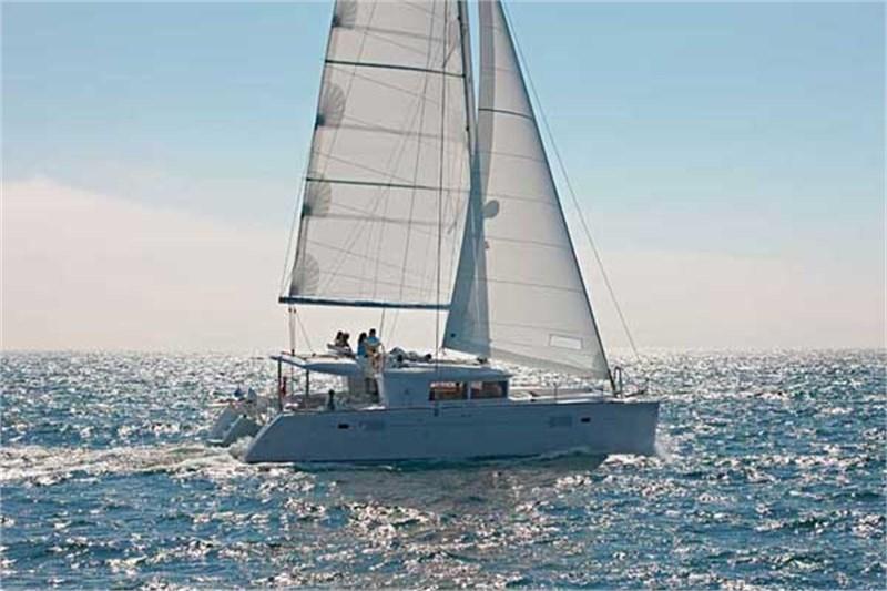 Аренда яхты Lagoon 450 (4Cab)  /2012