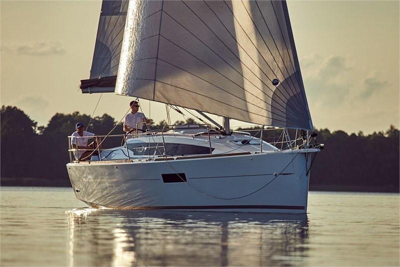 Аренда яхты Sun Odyssey 319 (2cab)  /2018