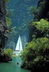 Thailand - Phuket / Phang Nga Bay Sailing