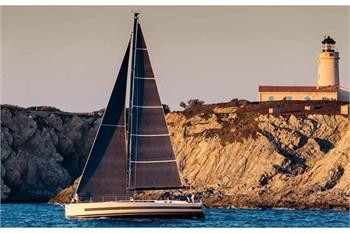 Oceanis Yacht 62 (4+1 Cab)