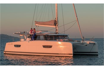 Fountaine Pajot Astrea 42 (4Cab)