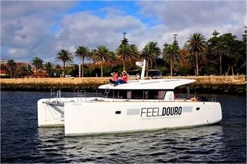 Lagoon 39 Powerboat (4Cab)