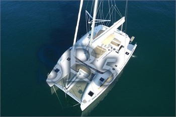 Sailing Blue 5