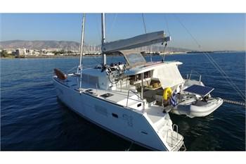 Sailing Blue 4
