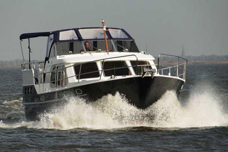 yachtcharter concordia 125 ac werder havel. Black Bedroom Furniture Sets. Home Design Ideas