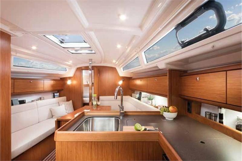 Bavaria Cruiser 34