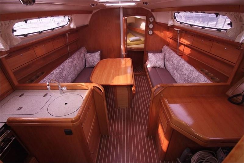 yachtcharter bavaria 31 cruiser 2cab punat. Black Bedroom Furniture Sets. Home Design Ideas
