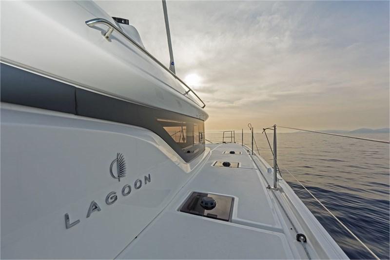 Lagoon 50