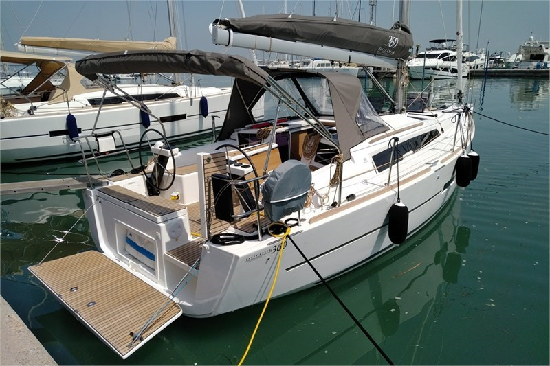 Dufour 360 Grand Large