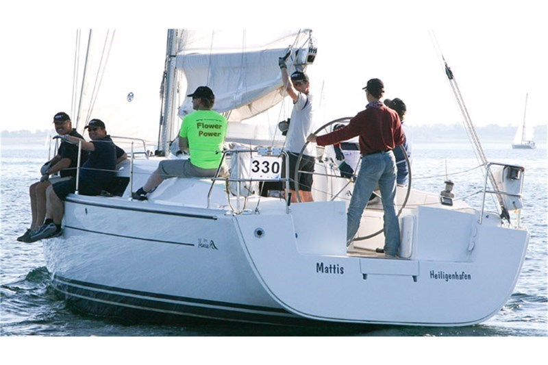 Hanse 370