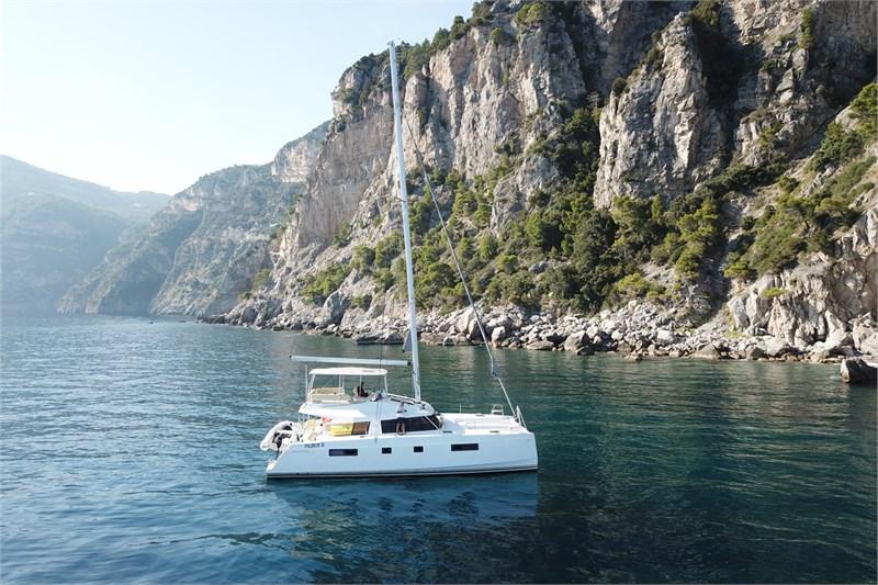 https://media.yachtbooker.com/images/800x533/custom/39878/DJI_0237_pic3.jpg