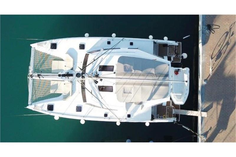 https://media.yachtbooker.com/images/800x533/custom/39878/nautitech_vista_aerea_pic2.jpeg