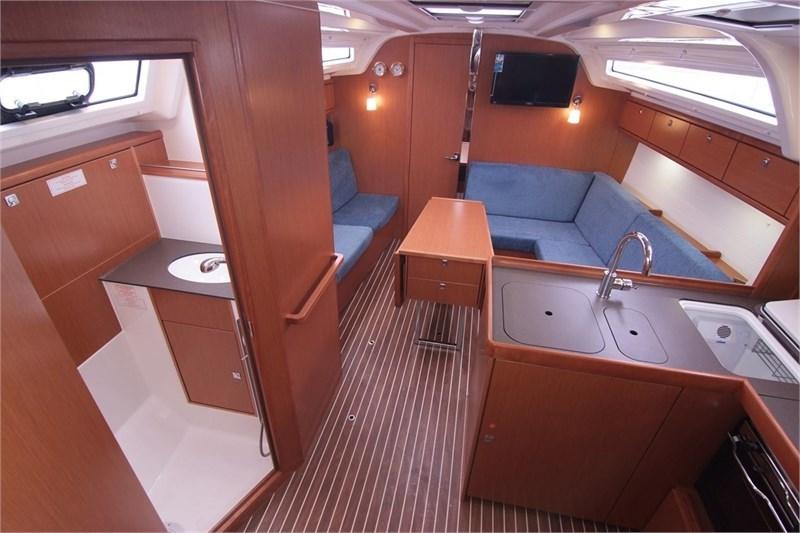 Bavaria Cruiser 37 (3Cab)